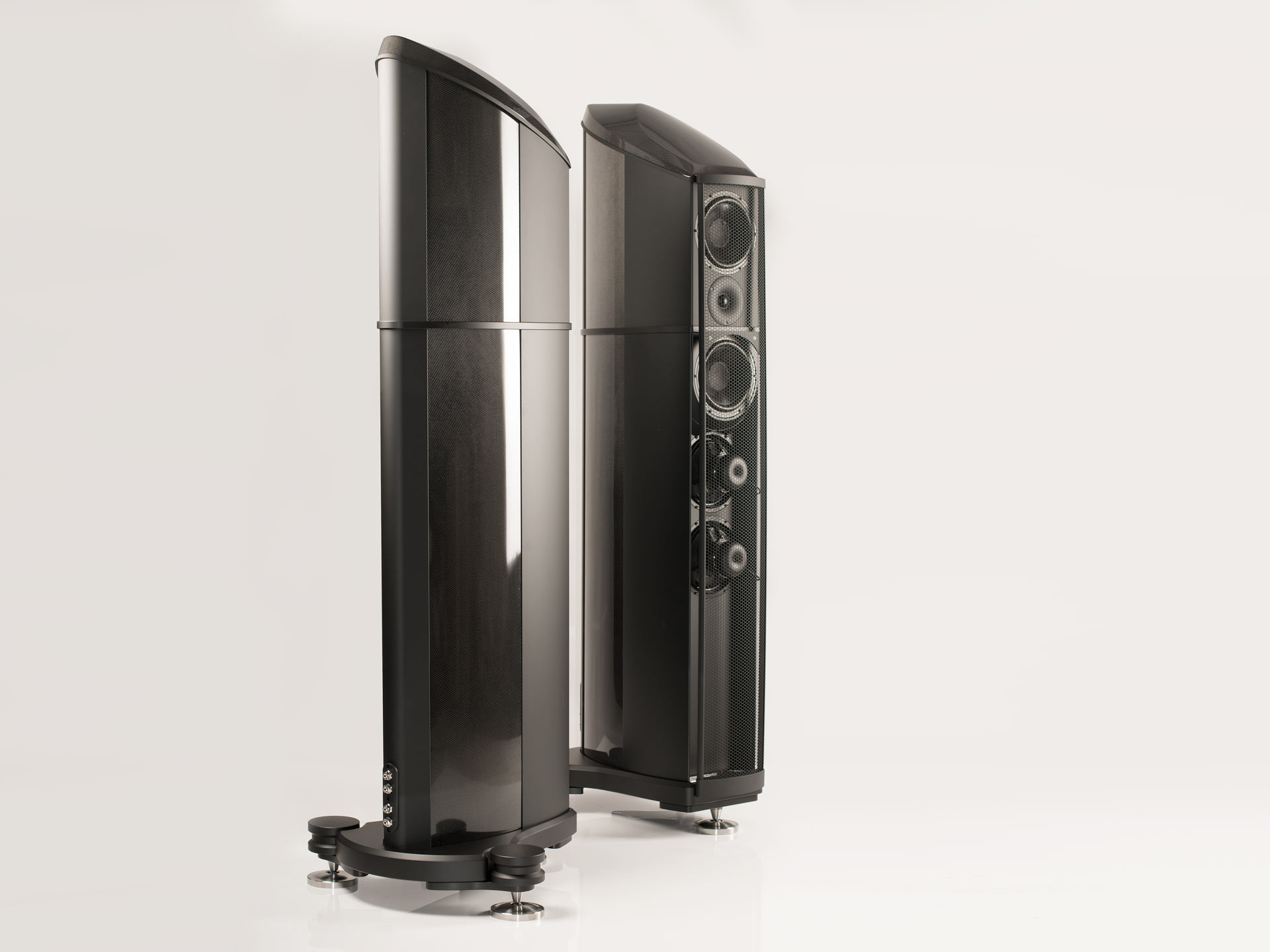 Wilson-Benesch-Geometry-Series-Resolution-floorstanding-loudspeaker-singularity-audio-5
